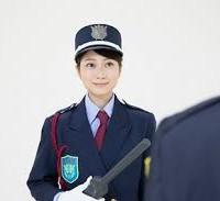 女性警備員1