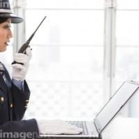 女性警備員6